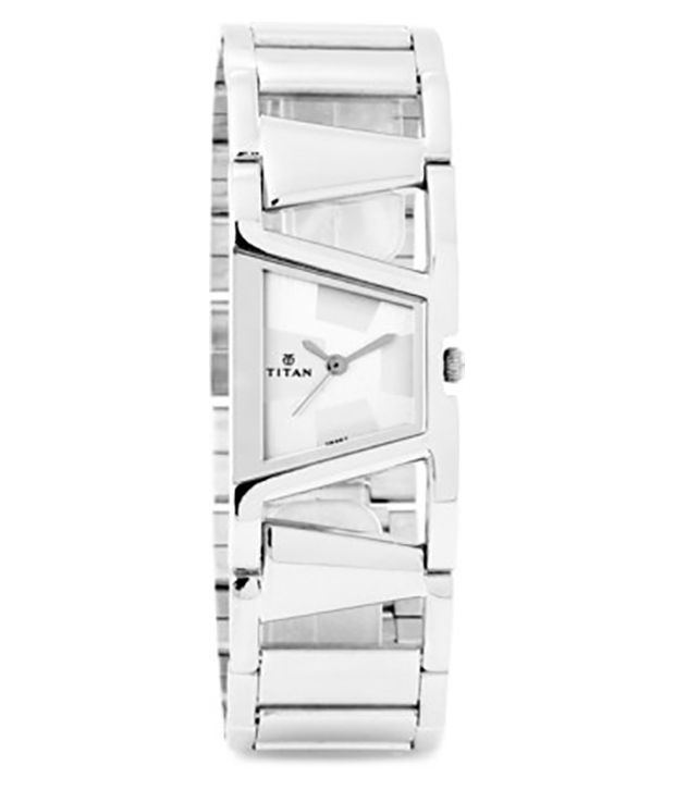 titan tagged nh2486sm01 womens watches price in india
