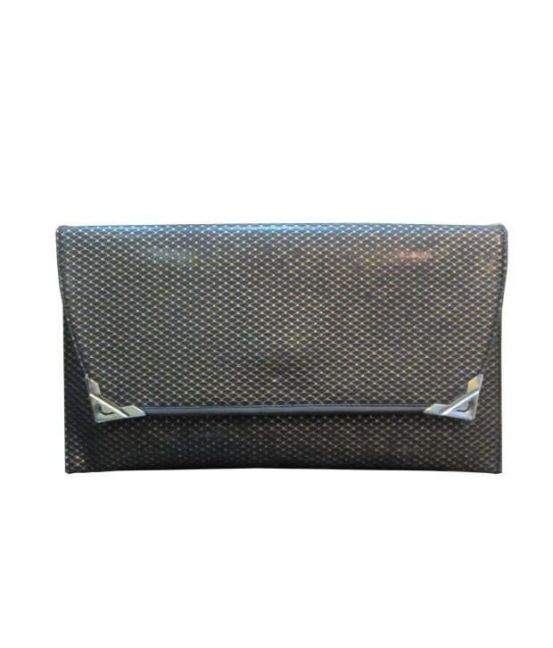 Acme Clutch With Hand Held Chain