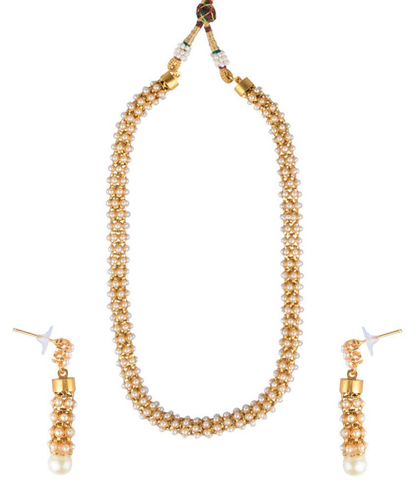 Reeti Fashions Brass Golden Necklaces Set