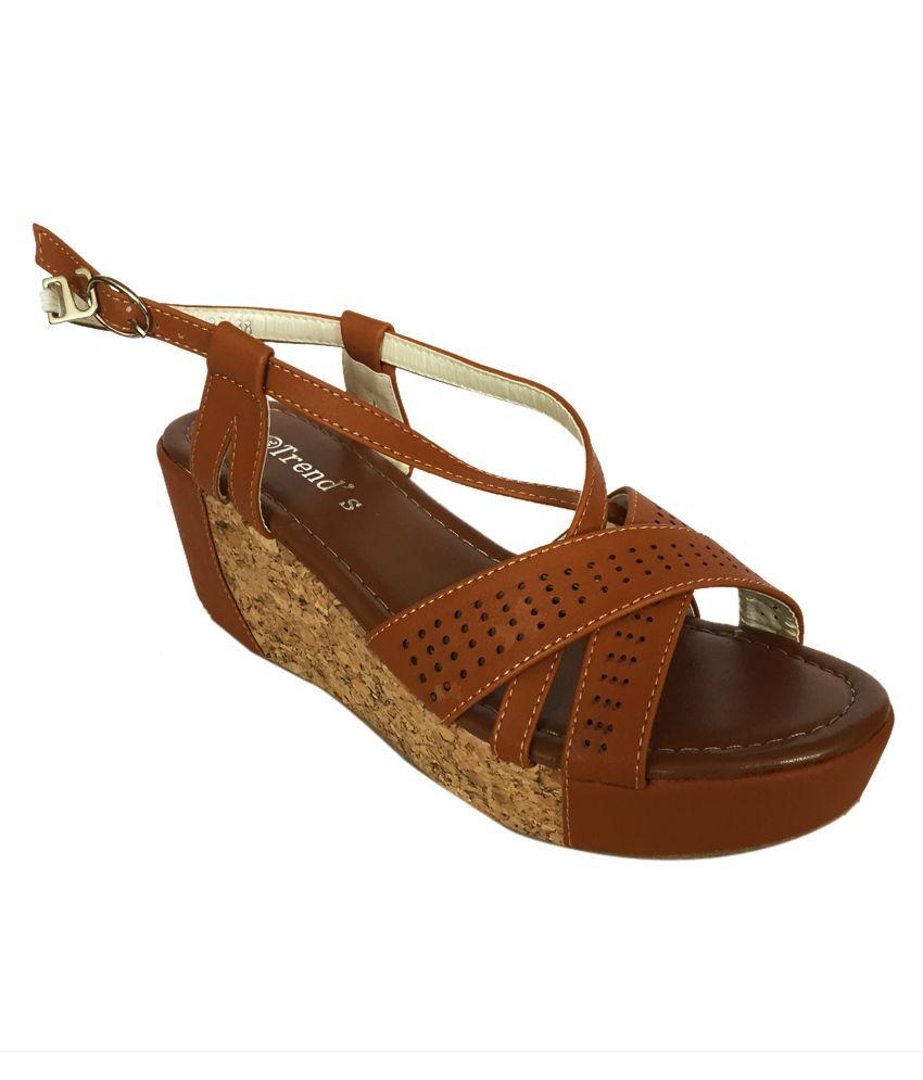 Divya Shopee Brown Platform Leather Sandal