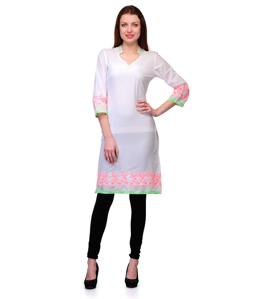 Shakumbhari White Cotton Handcrafted Chinese Collar Kurti