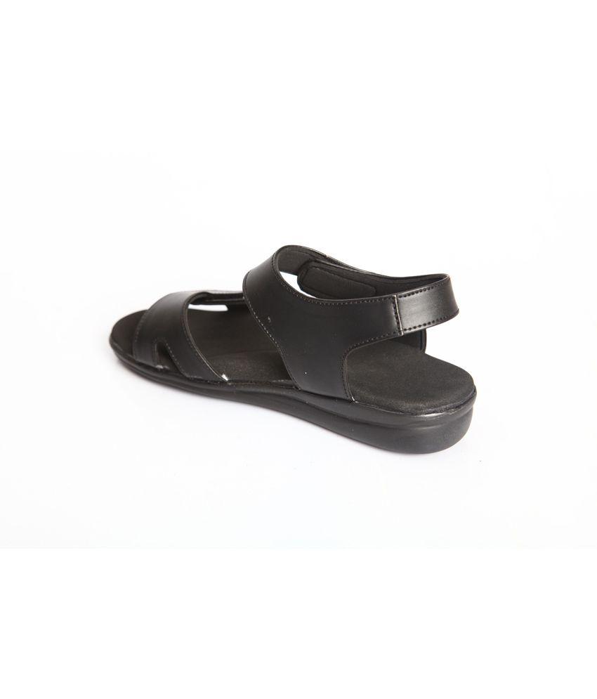 e2f306dd8c2 Dia One Diabetic Footwear For Women  Buy Online at Best Price in ...