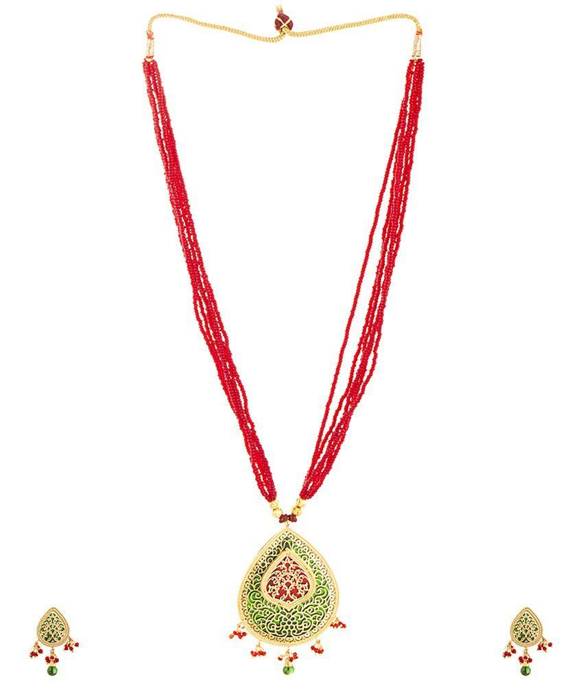 Voylla Stylish Gold Plated Crystal Necklace Set