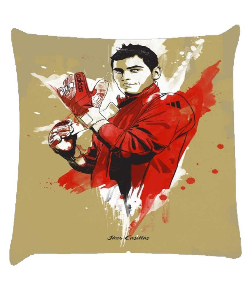 Snoogg Iker Casillas Goalkeeper 2961 Cushion Cover