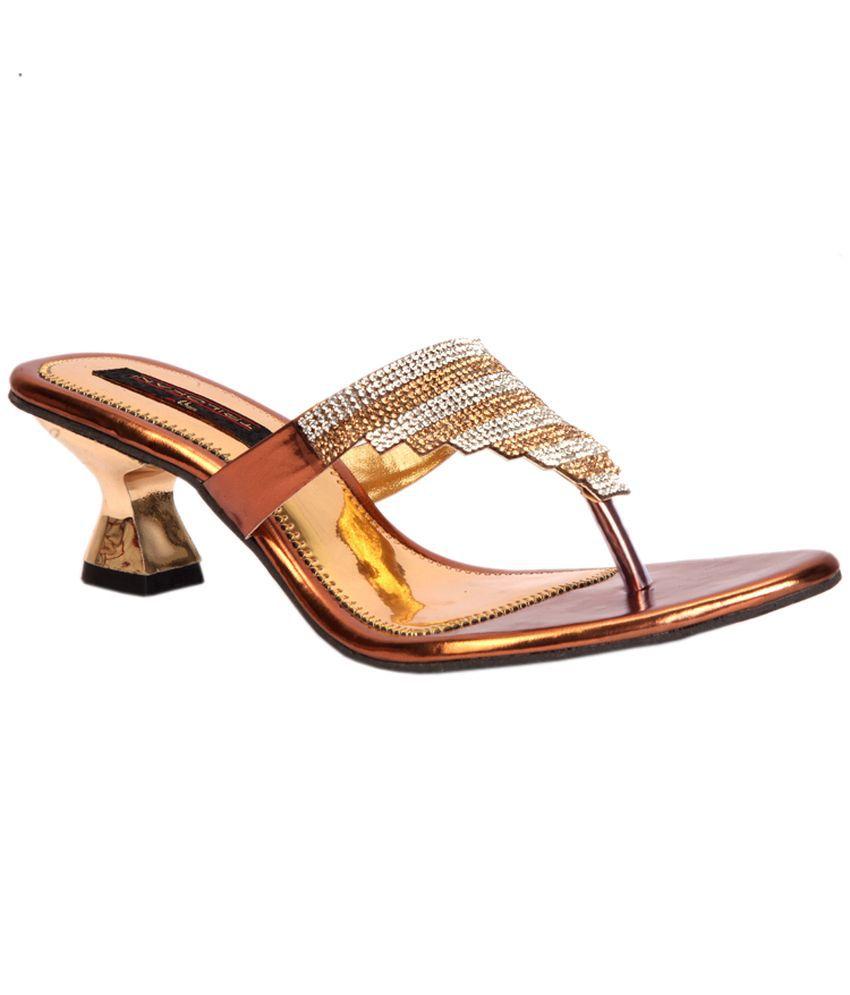 Trilokani Copper Heeled Slipper For Women
