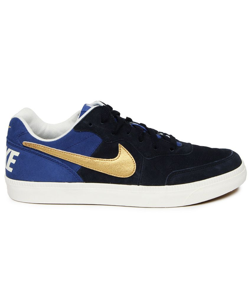 Nike Tiempo Trainer Shoes