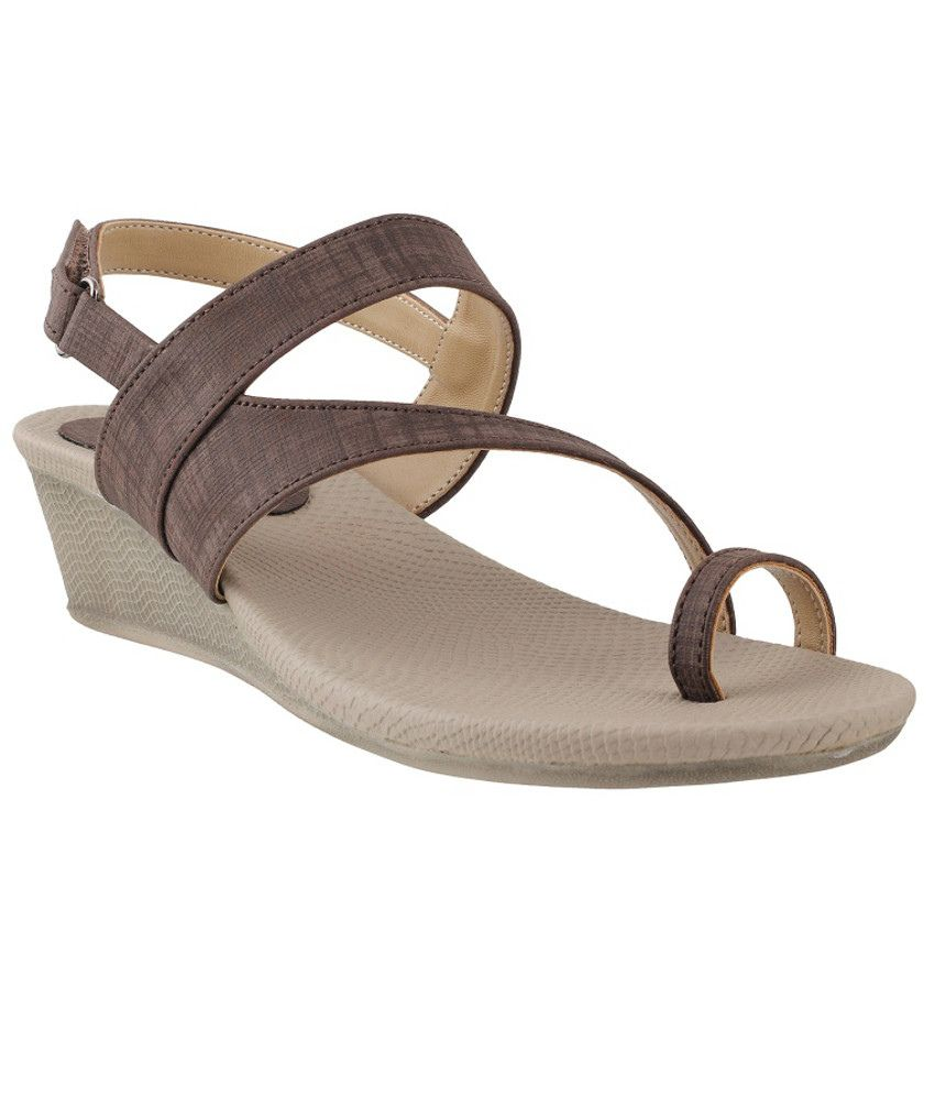 Metro Dazzling Brown Heeled Sandals