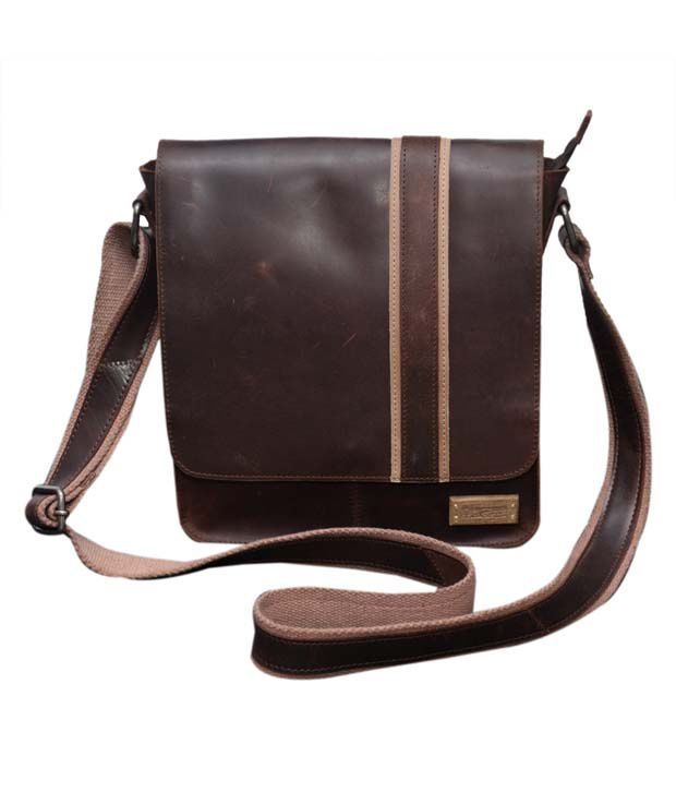 Le Craf Oliver Brown Stylish Messenger Bag