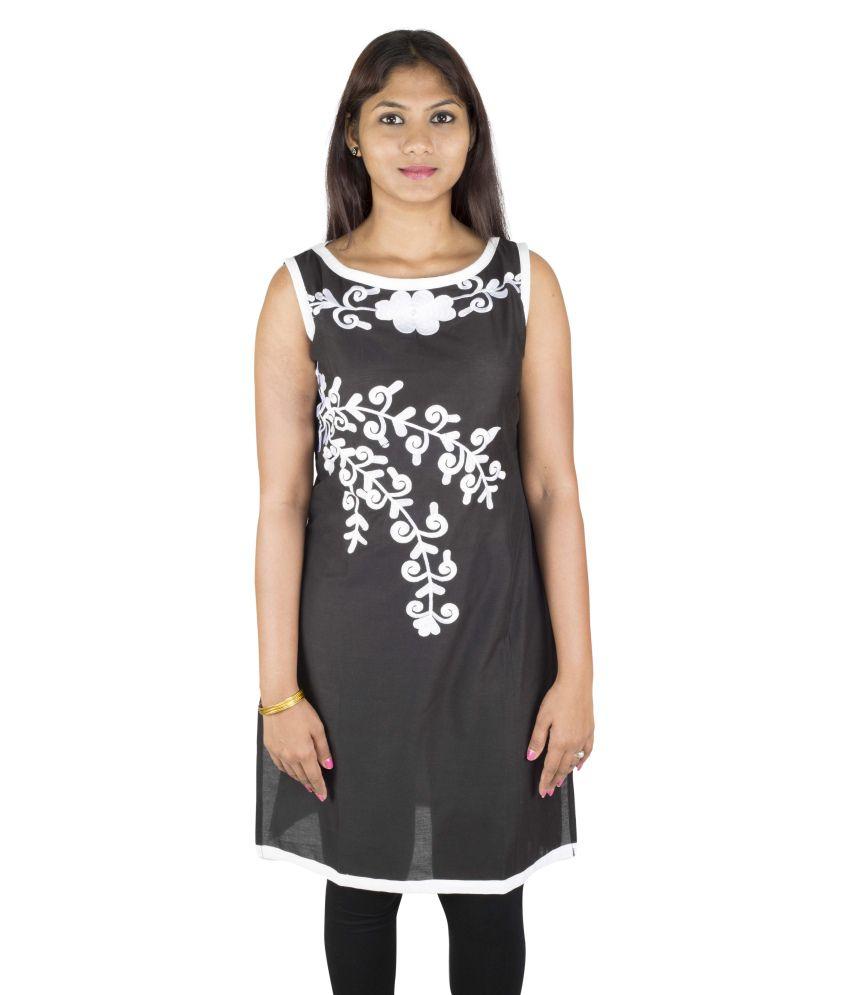 Yaari Cotton Black Embroidered Women Kurti