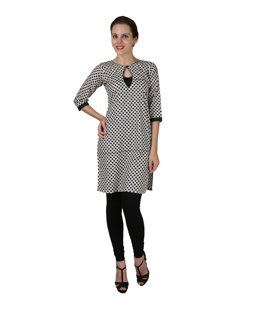 Enchanted Drapes Black Cotton Round Neck Printed Kurti