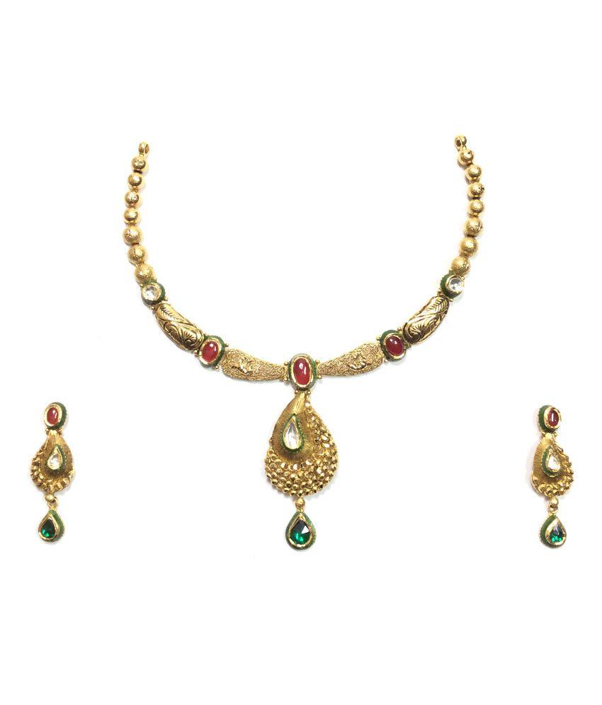 Kataria Jewellers 22KT Hallmarked Gold Kundan Necklace Set