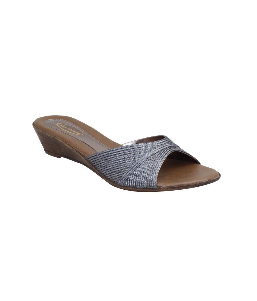 Shoe Maker Women's Casual Black Sandals