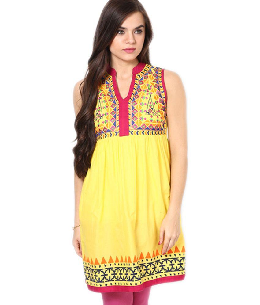 Nisha Yellow Embroidered Cotton Short V-neck Kurti