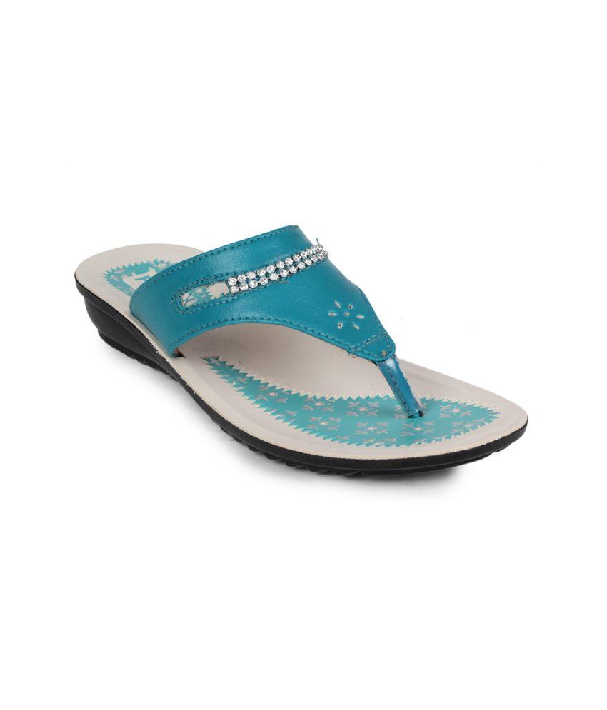 11e Beige Low Heel Slippers