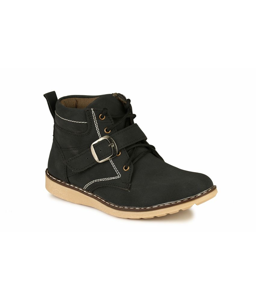 Mactree Black Leather Daily Wear Shredded Casual Boots