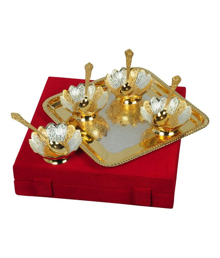 Being Nawab Two - tone Handcrafted Flower Shaped Bowls - Set of 9 pieces