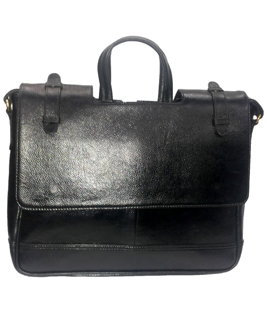 C Comfort Black Messenger Bag