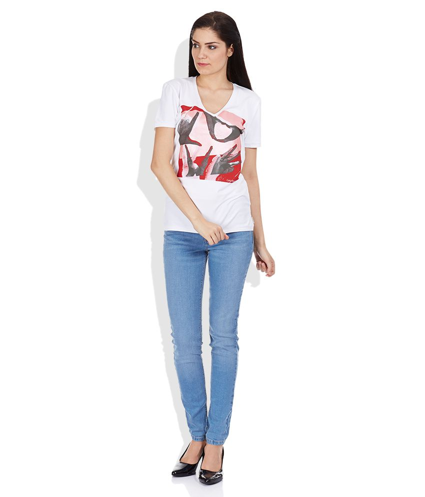 364c44581731 Buy Calvin Klein Jeans White Printed V Neck T-Shirt Online at Best ...