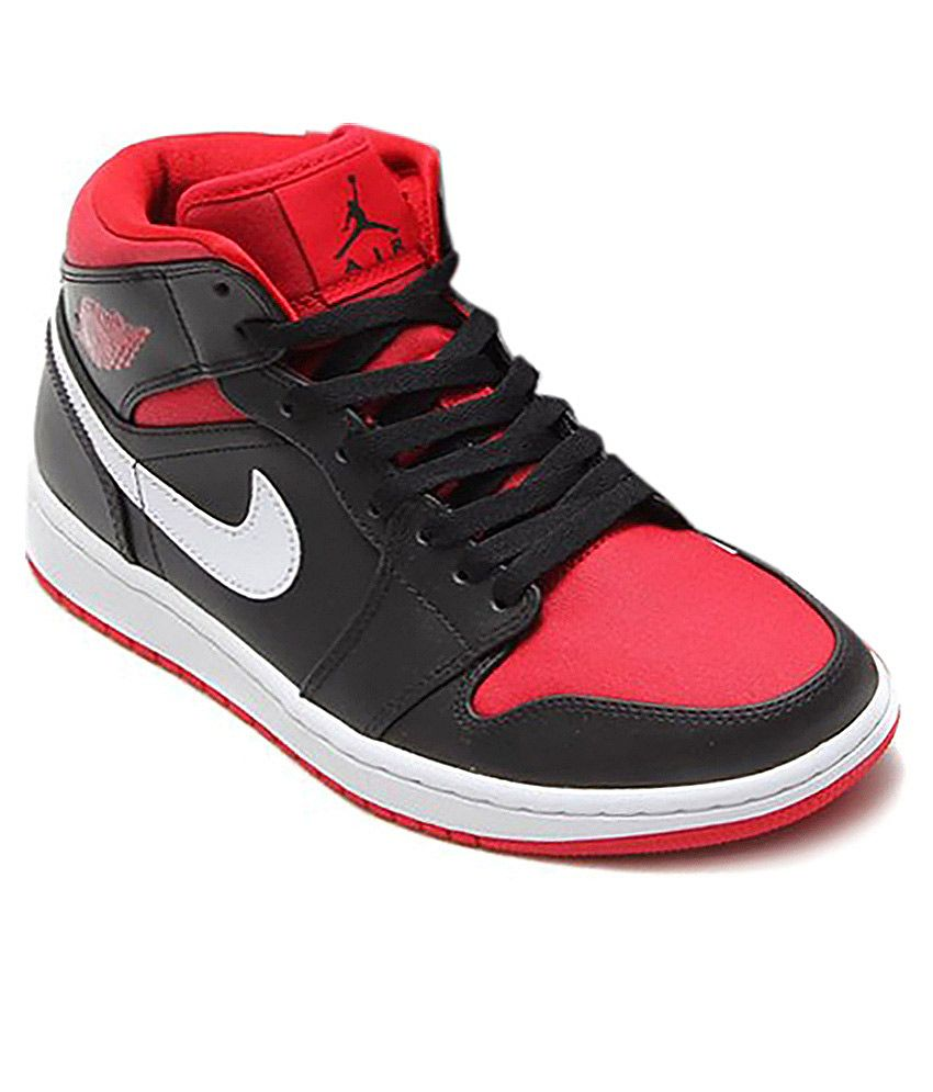 wholesale dealer abbed a765f Nike Air Jordan One Mid Casual Shoes - Buy Nike Air Jordan One Mid Casual  Shoes Online at Best Prices in India on Snapdeal