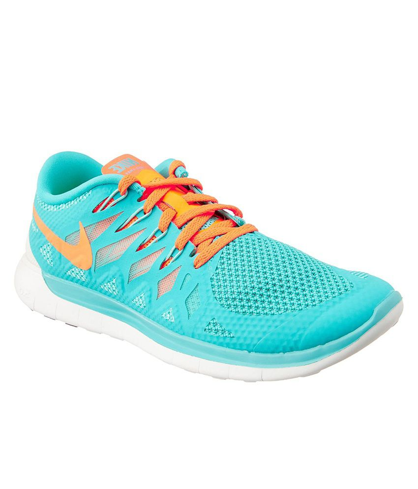 on sale 93c44 29ae7 Wmns Nike Free 5.0 Sports Shoes