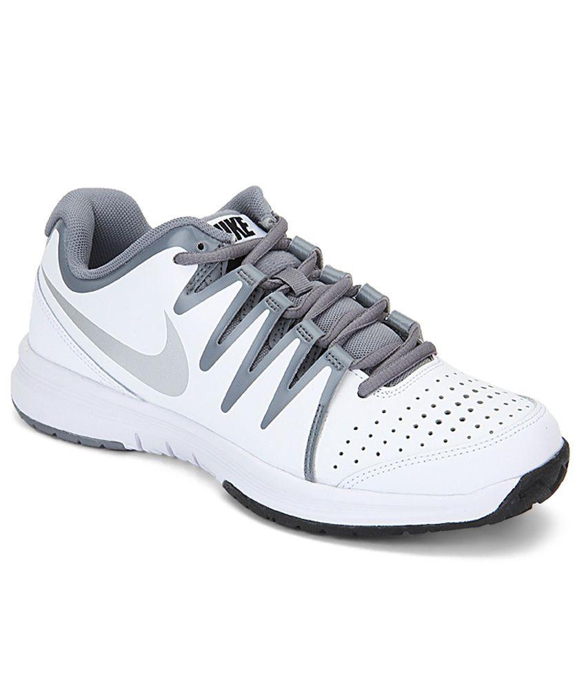 nike tennis shoes vapor court