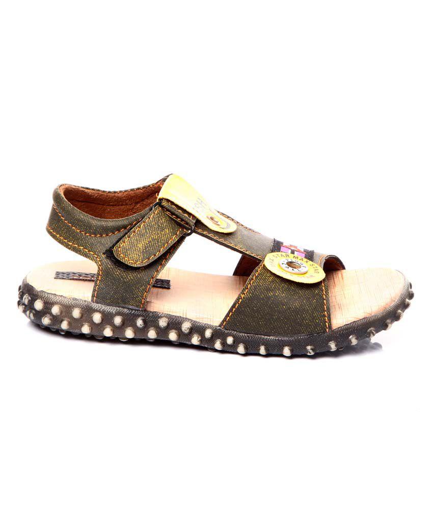 fe603152554f Trilokani Green Sandals For Kids Price in India- Buy Trilokani Green ...