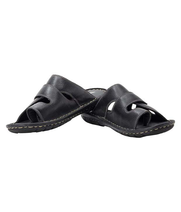6c1aa13f6faf Ventoland Men s Black Sandals Price in India- Buy Ventoland Men s Black  Sandals Online at Snapdeal