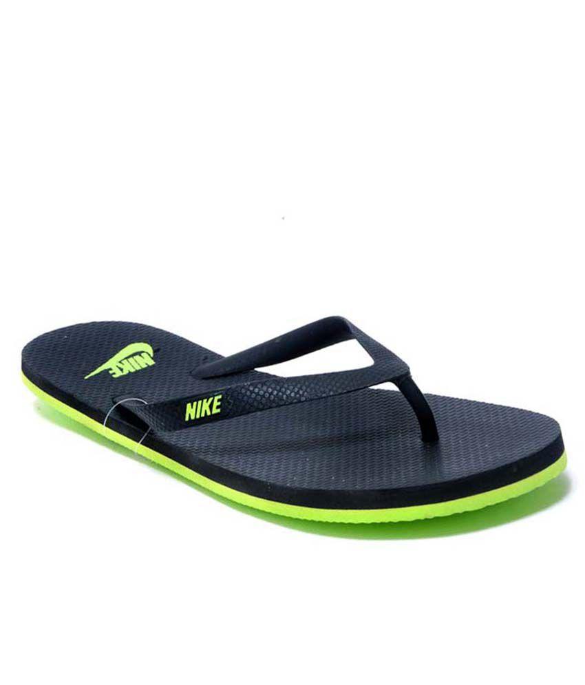 9ac6de765 Nike Black Rubber Flip Flops Price in India- Buy Nike Black Rubber Flip  Flops Online at Snapdeal