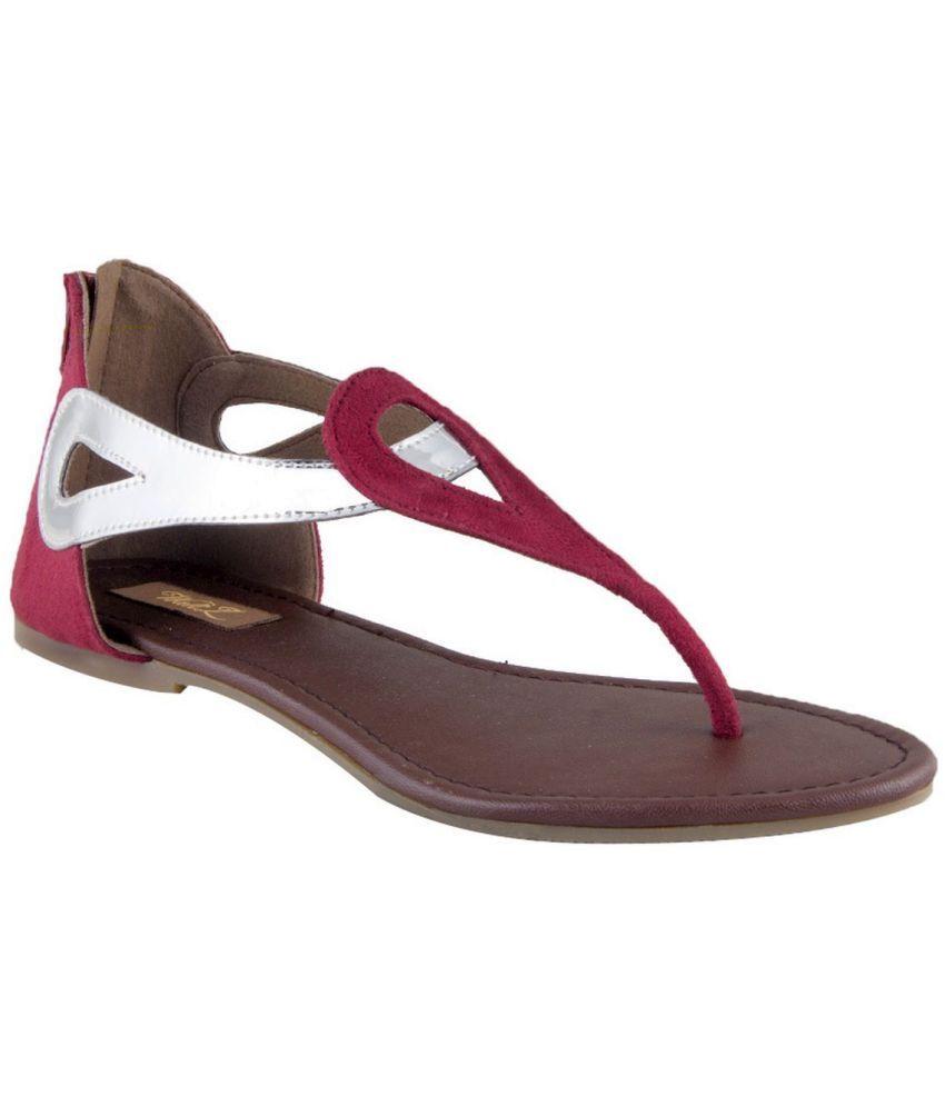 Waltz Black Flat Sandals
