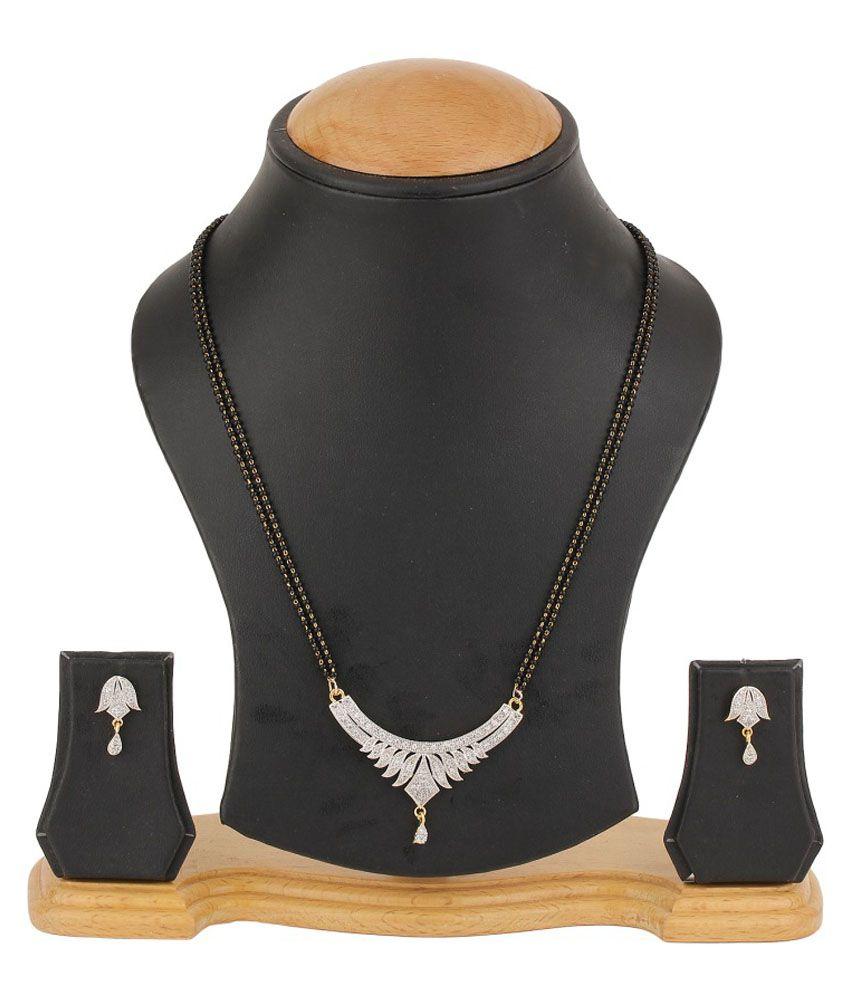 RZ Oddish Diamonds Golden Traditional Mangalsutra Set