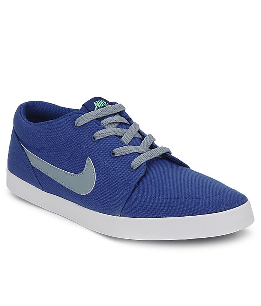 online retailer 4a4b2 5099b Nike Blue Sneaker Shoes ...