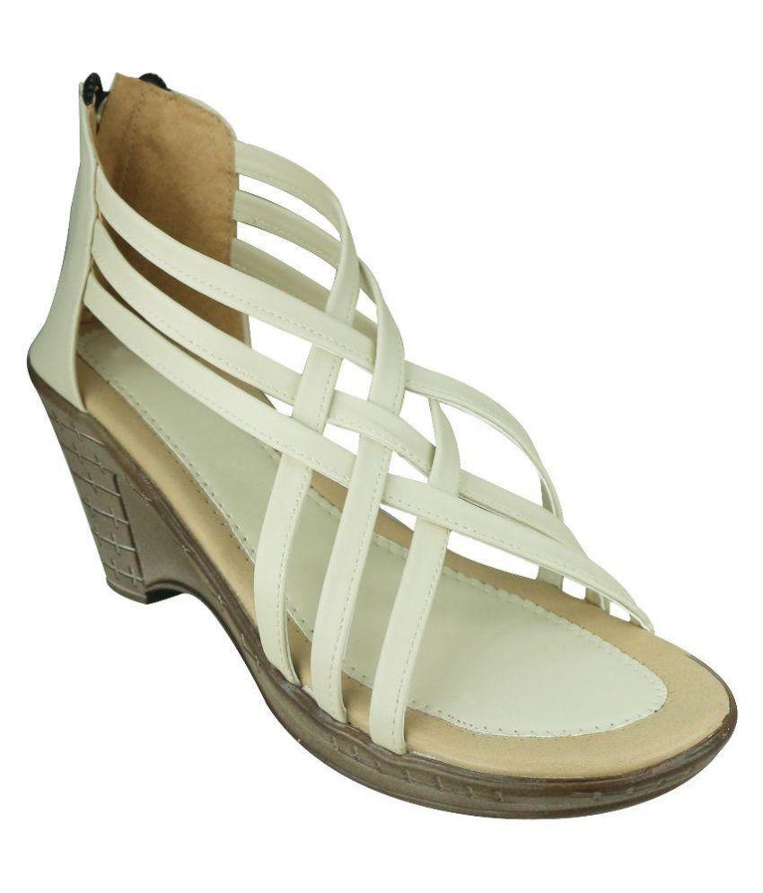 Smart Traders White Wedges Heels