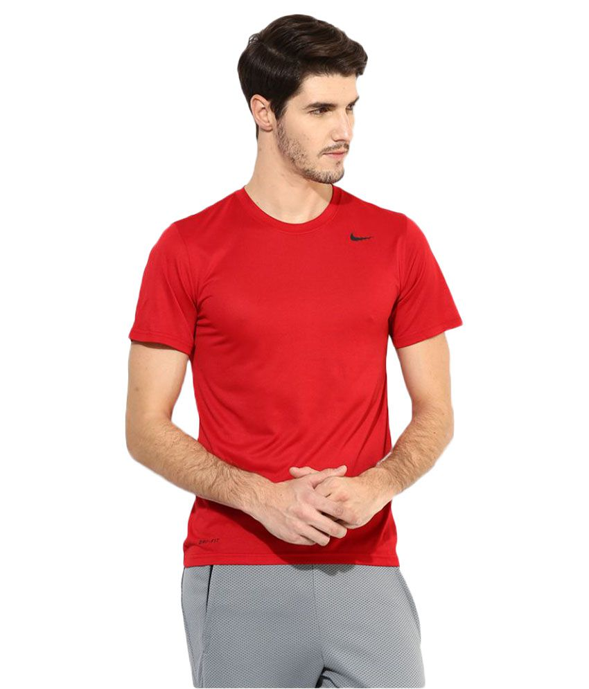 Nike Red Polyester T-Shirt