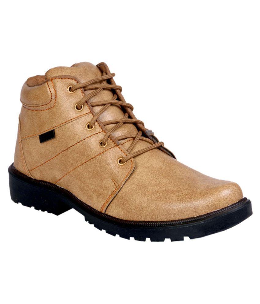JK Port Beige Boots