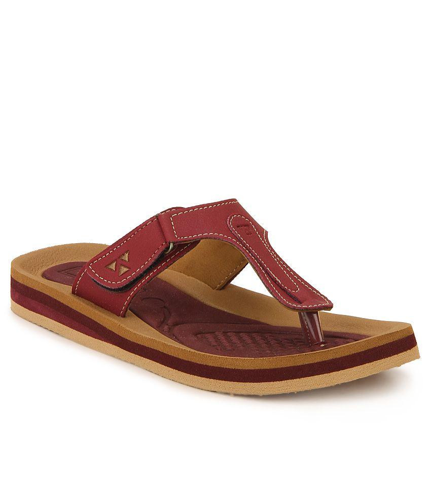 Windwalker Pinho Maroon & Brown Slippers