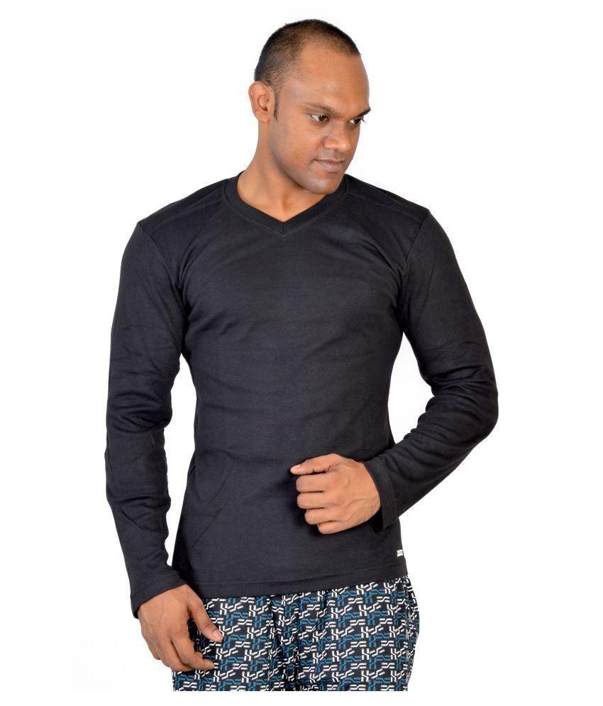 Macroman Black V-Neck T-Shirt