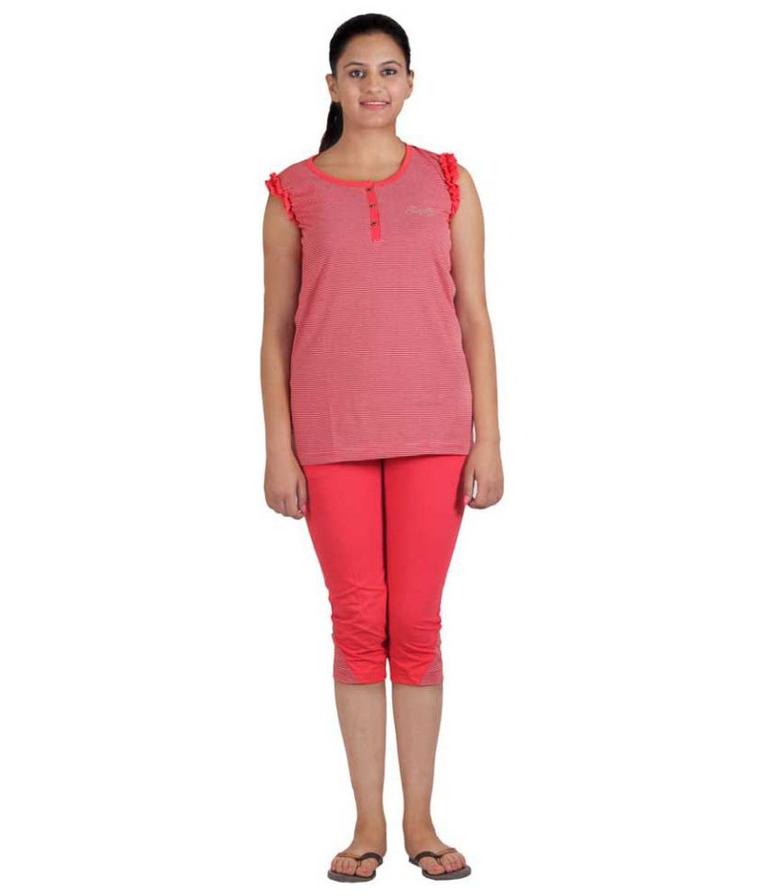 Sizelly Red Cotton Nightsuit Sets