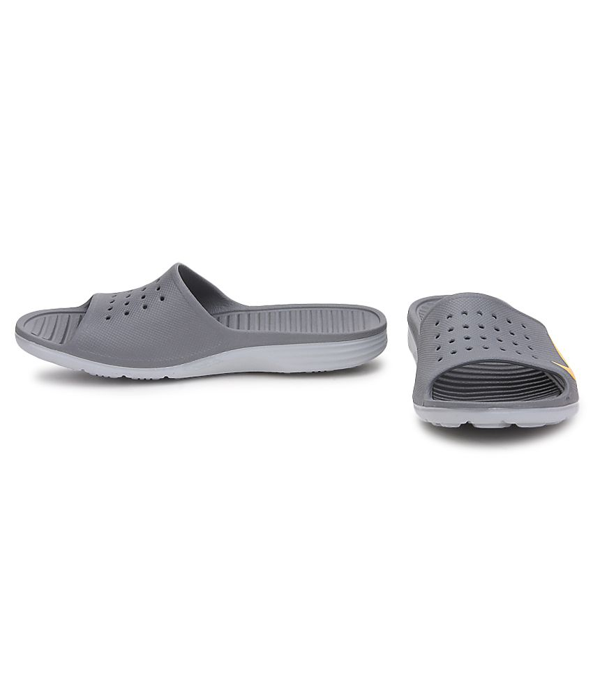 b2e1b6023405 Nike Solarsoft Slide Gray Slippers Price in India- Buy Nike ...