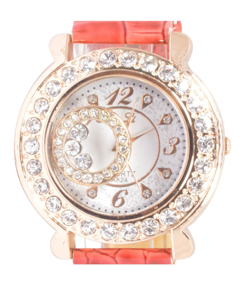 Zoya Red Casual Watch For Women