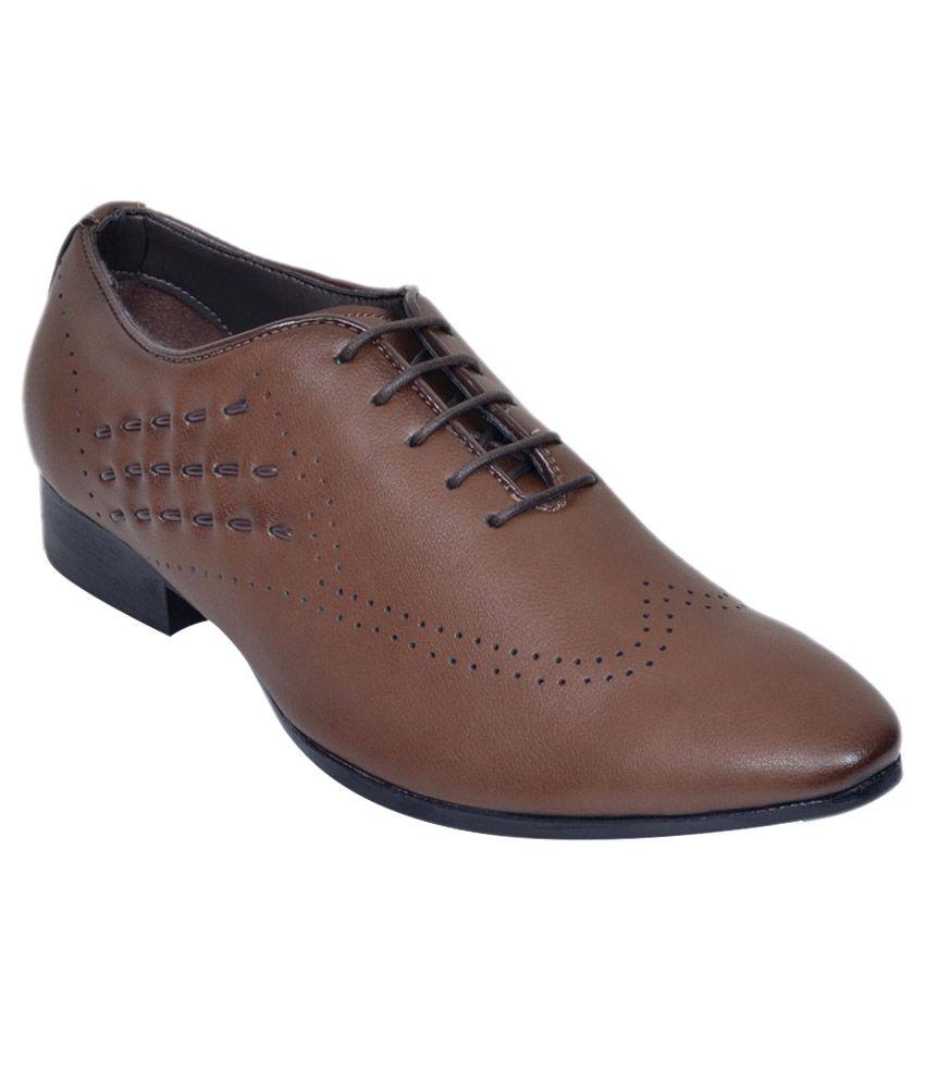 M & M Tan Formal Shoes