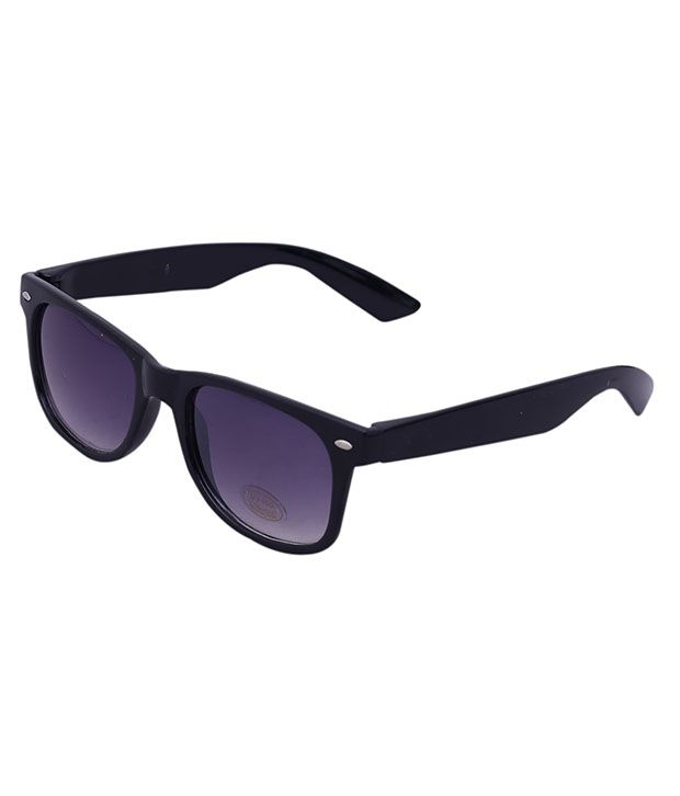 Apart from the price tag, It turns out the difference between a $40 pair of sunglasses and a $ pair is often as little as the shiny designer logo stamped on the side.
