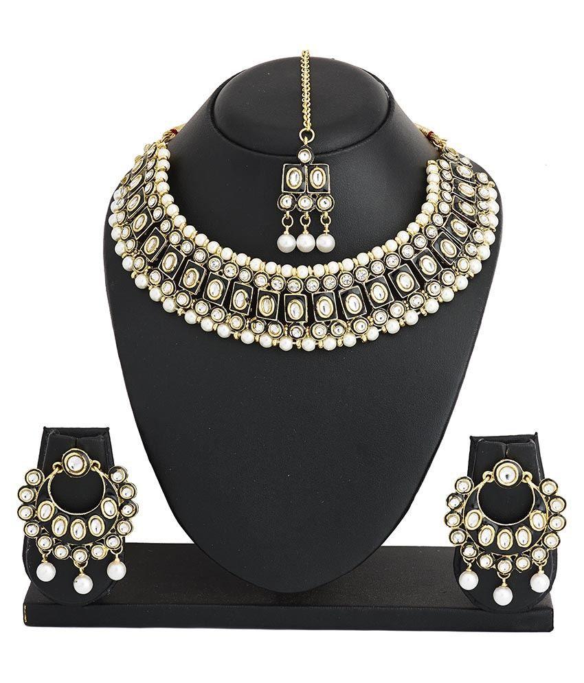 The Jewelbox Black Wedding & Engagement Wear Necklace Set