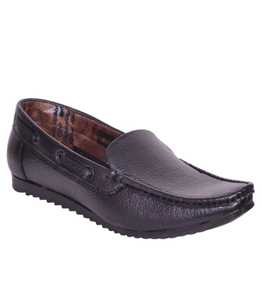 Sukun Black Loafers