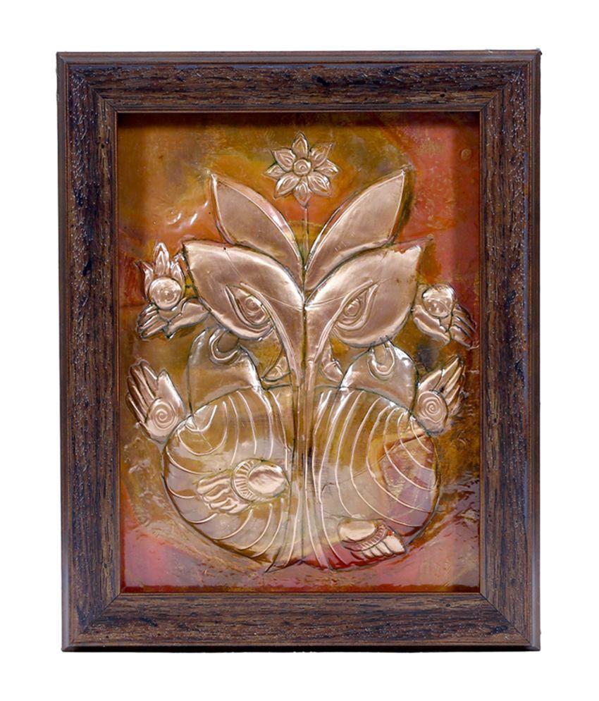 Manjusha Decorative Leaf Ganesh in Fibre Frame