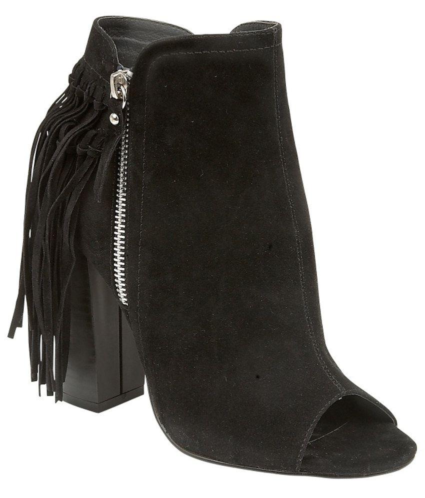 Truffle Collection Pretty Black Boots