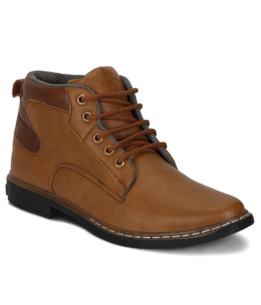 Knight Ace Tan Lace Boots