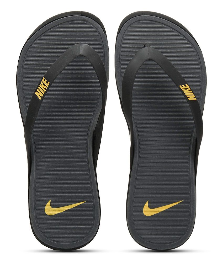 3ea271c823e Nike Matira Thong Black Slippers Price in India- Buy Nike Matira Thong  Black Slippers Online at Snapdeal