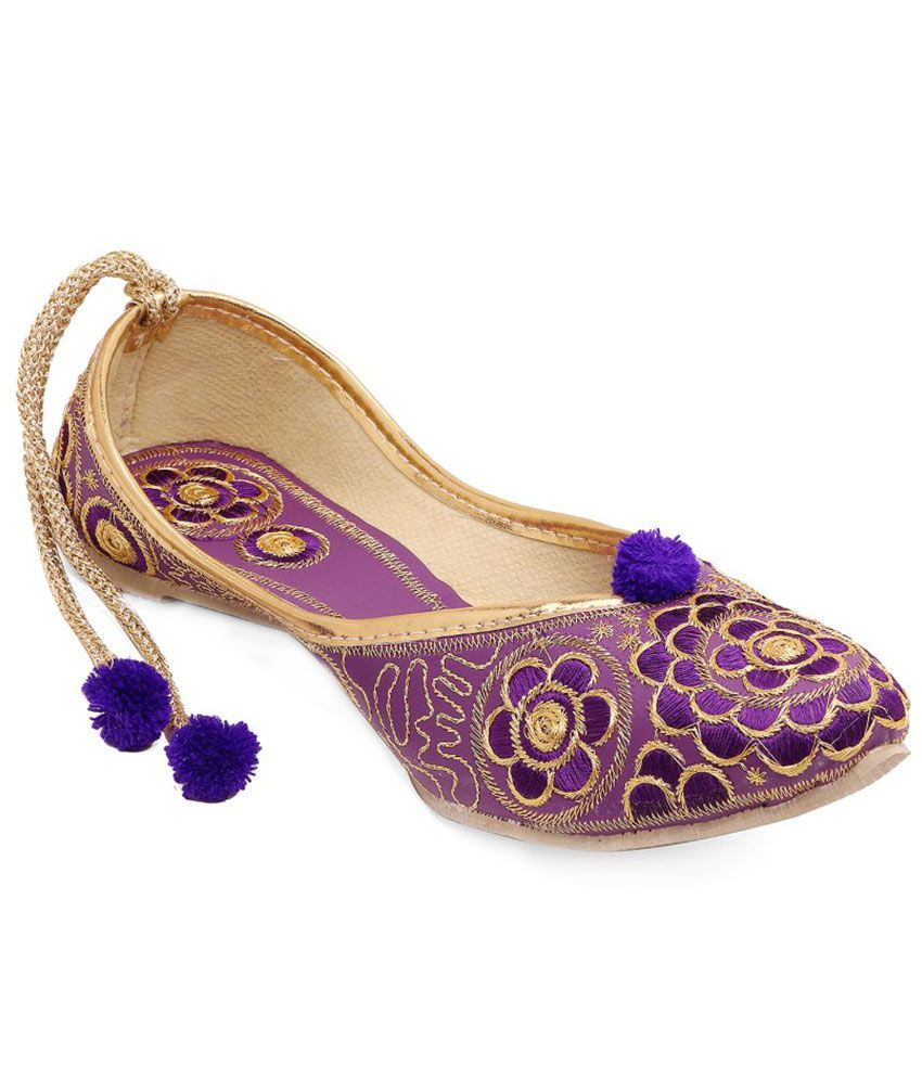 Vinayak Collection Purple Juttis