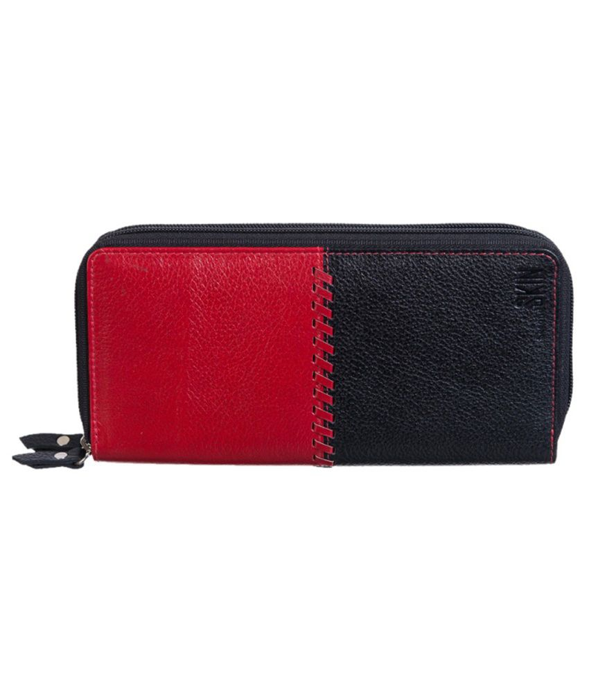 Second Skin Leather Black Women Regular Wallet