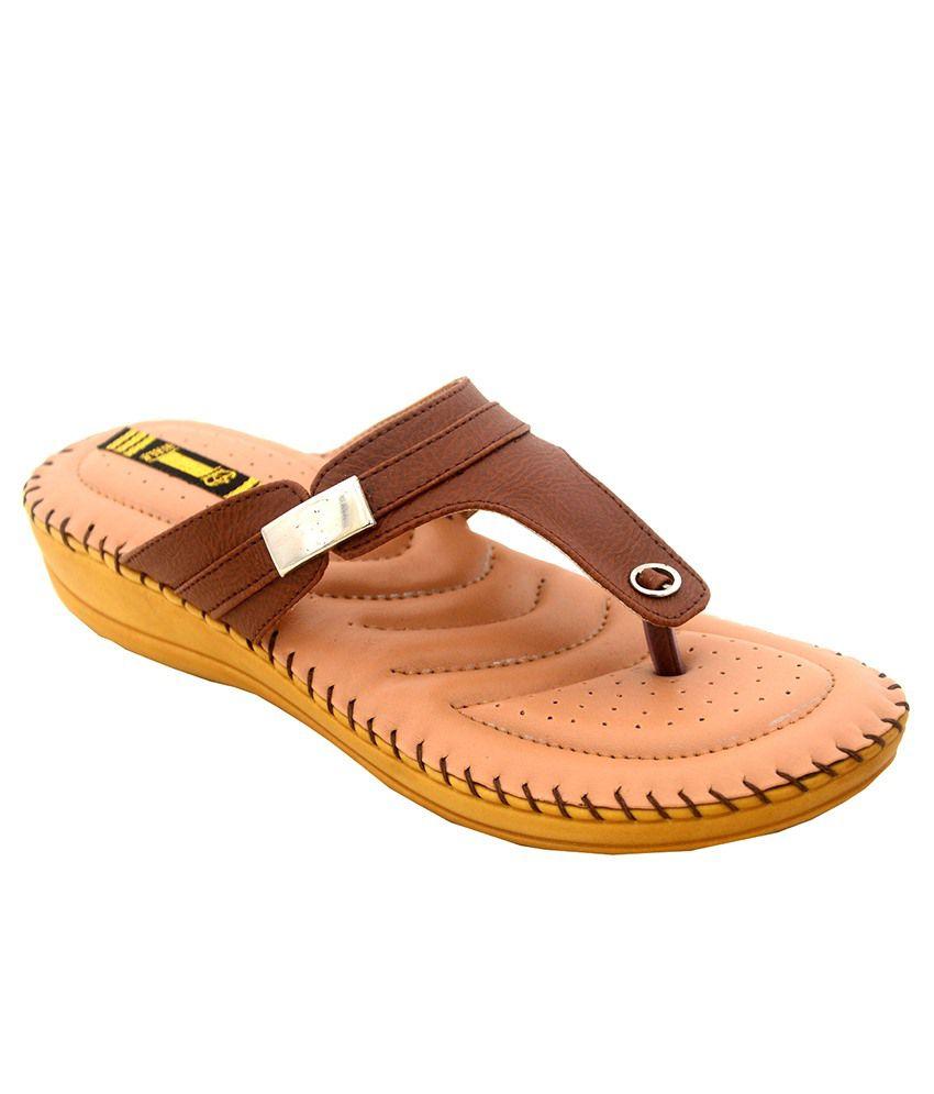 1 Walk Brown Comfortable Dr. Flats